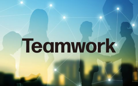 国内海外不問の「24時間365日稼働のチームワーク」